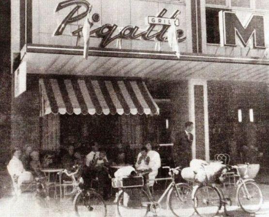 Gammal bild på Pigalle
